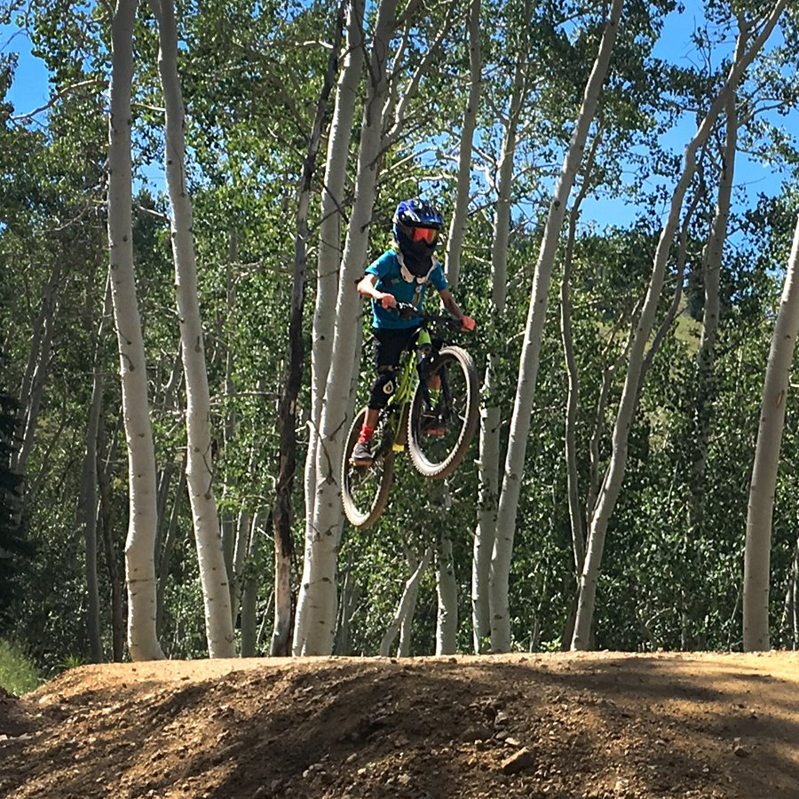 Mtb With Kids On Twitter Deer Valley Has Been Awesome This Year This Is Our Younger Womp Rat On The New Tsunami Jump Trail Drawn Up By Gravity Logic Mtbwithkids Https T Co 8vvy9borfu Entdecken sie veröffentlichungen von womp rat auf discogs. tsunami jump trail drawn