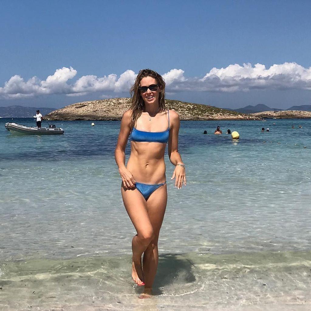 Twitter Bikini Anna Hutchison naked photo 2017