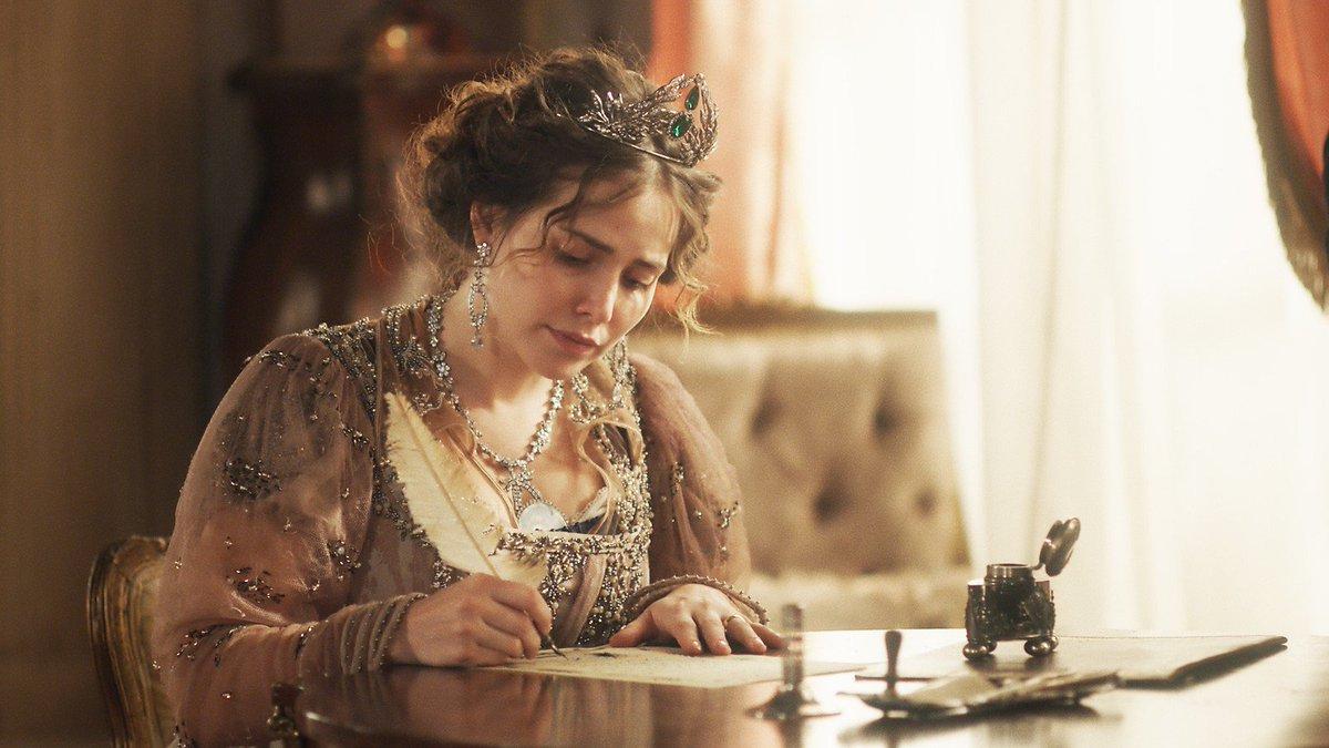 Que momento, gente!!! Nossa princesa Leopoldina assinou a separação do Brasil de Portugal! #NovoMundo