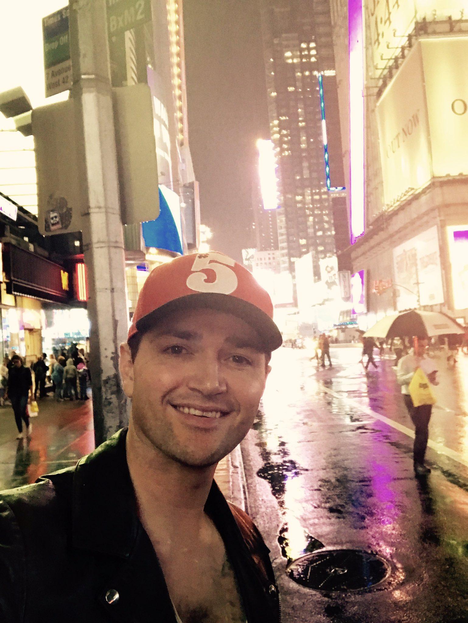 Man I love this town #NewYorkCity #FreedomChild  #Thescriptrain https://t.co/FK4cFko3UM
