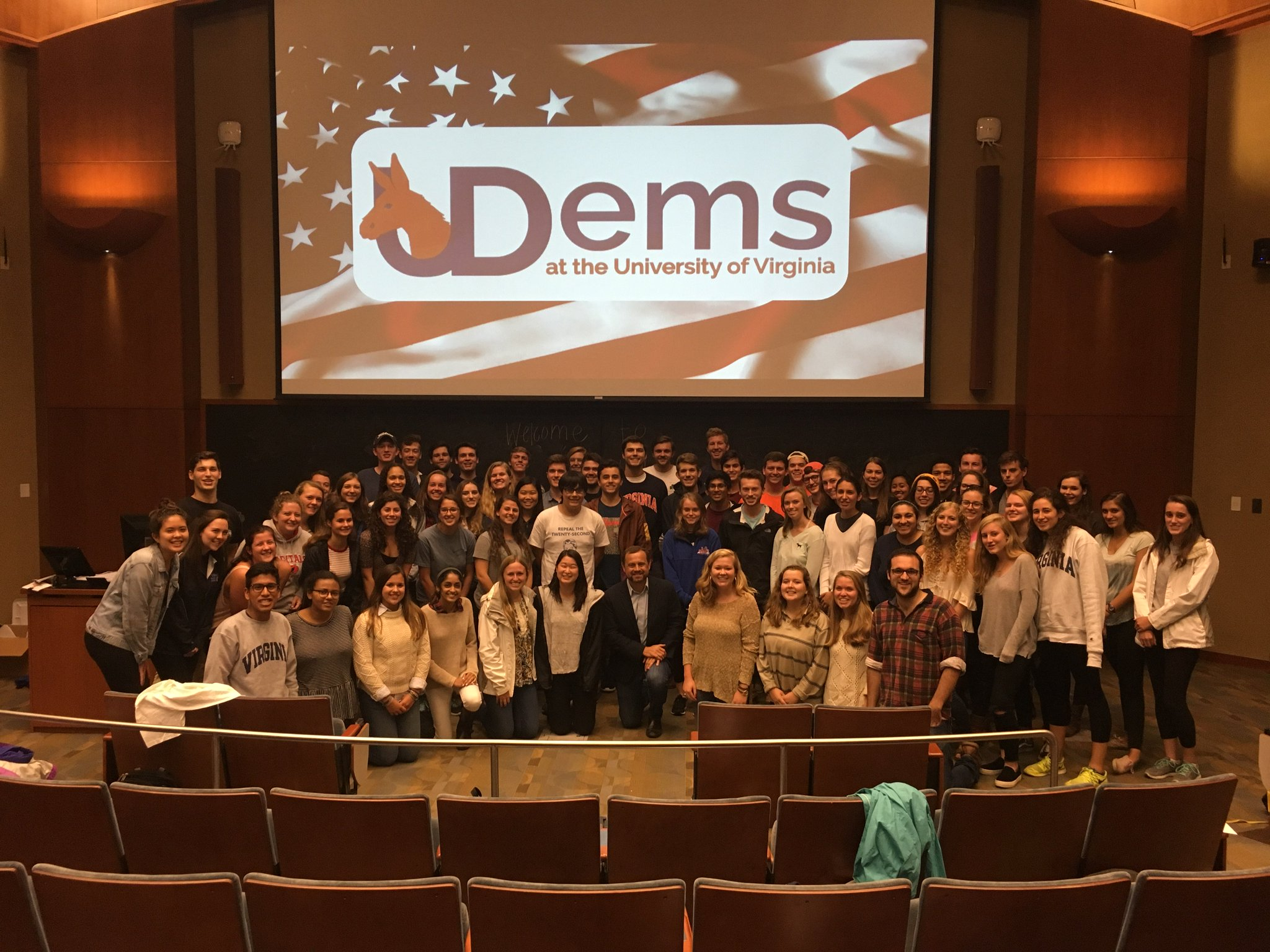 Great evening with @DemsatUVA! Our party's future (and present) is strong thanks to these activists. https://t.co/A2ldJKrqMc
