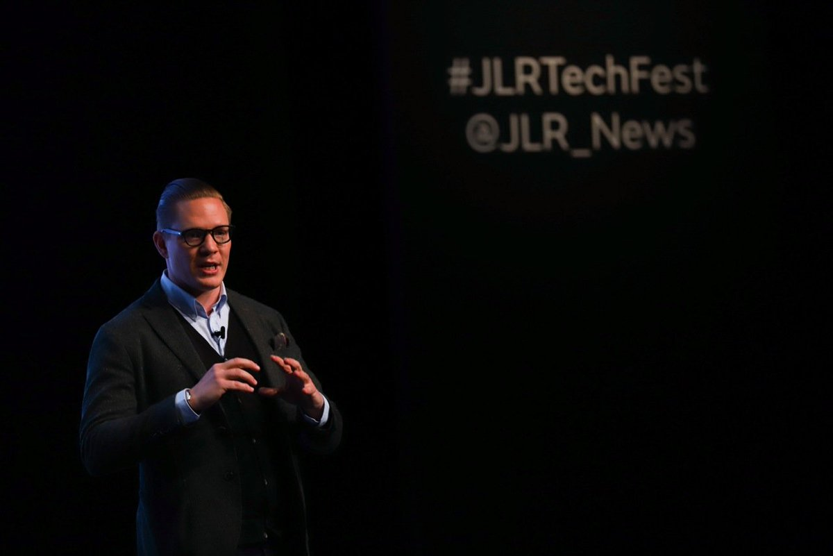 """""""What scares me is not that machines are learning - but that humans are not learning"""" - @asormannilsson, Futurist, speaking at #JLRTechFest https://t.co/T9gyDCwYmQ"""