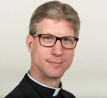 """Raad van Kerken on Twitter: """"Pastoor Arjen Bultsma (RKK): 'Goed dat we solidair samen uitnodigend kerk zijn' https://t.co/Y1OusKf3sC… """""""