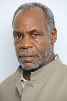I need to manage this receding hairline. Will have to shave my head twice a week. I&#39;m not ready for that Danny Glover look just yet.#bles <br>http://pic.twitter.com/EPp4ngPq0K