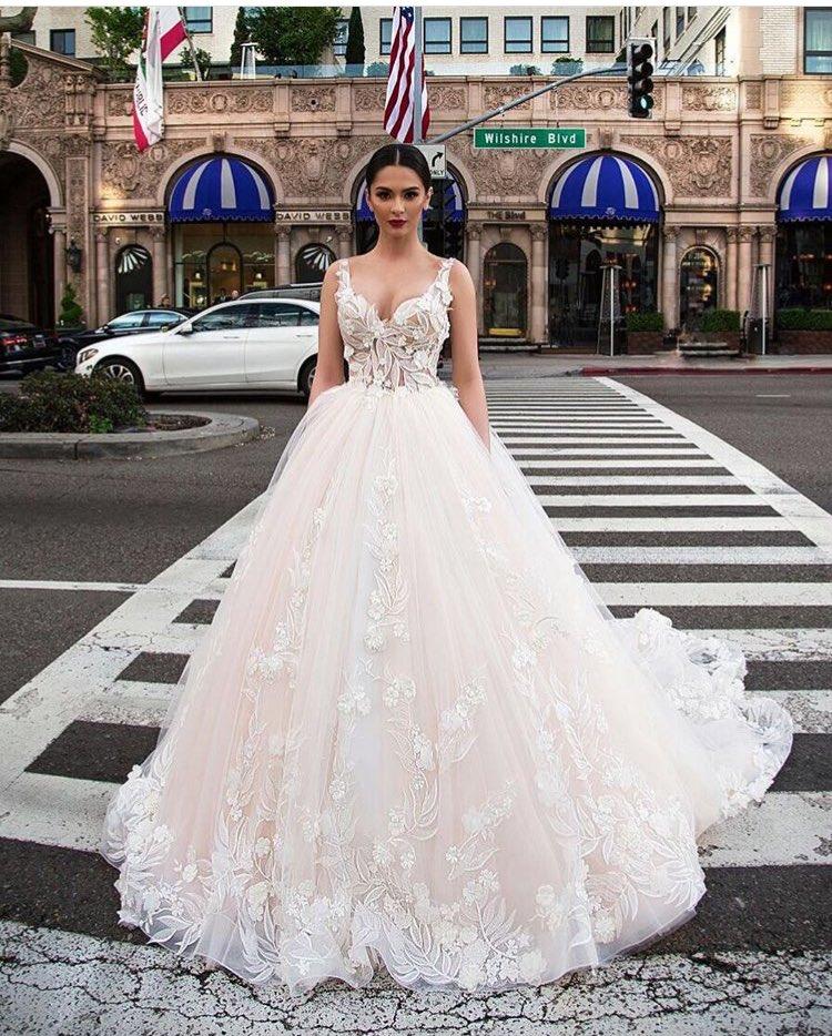 شارك معانا بفستان خطوبة او زفاف على ذوقك  DJIKSILXkAA8siM