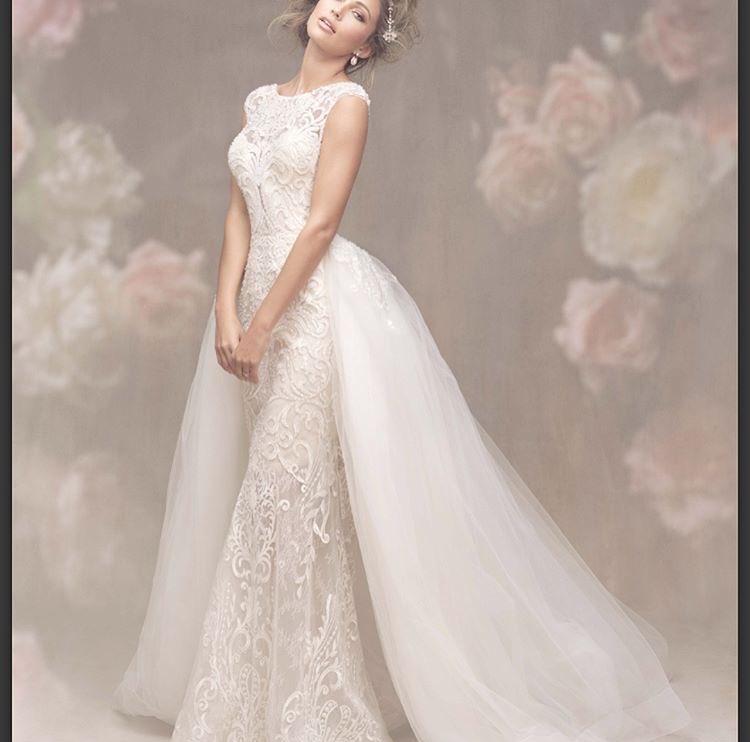 شارك معانا بفستان خطوبة او زفاف على ذوقك  DJIL08rWsAAUYpZ