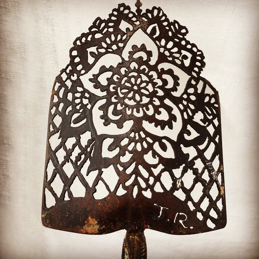 Anne Dixon On Twitter Incredible Art Out Of An Old Shovel