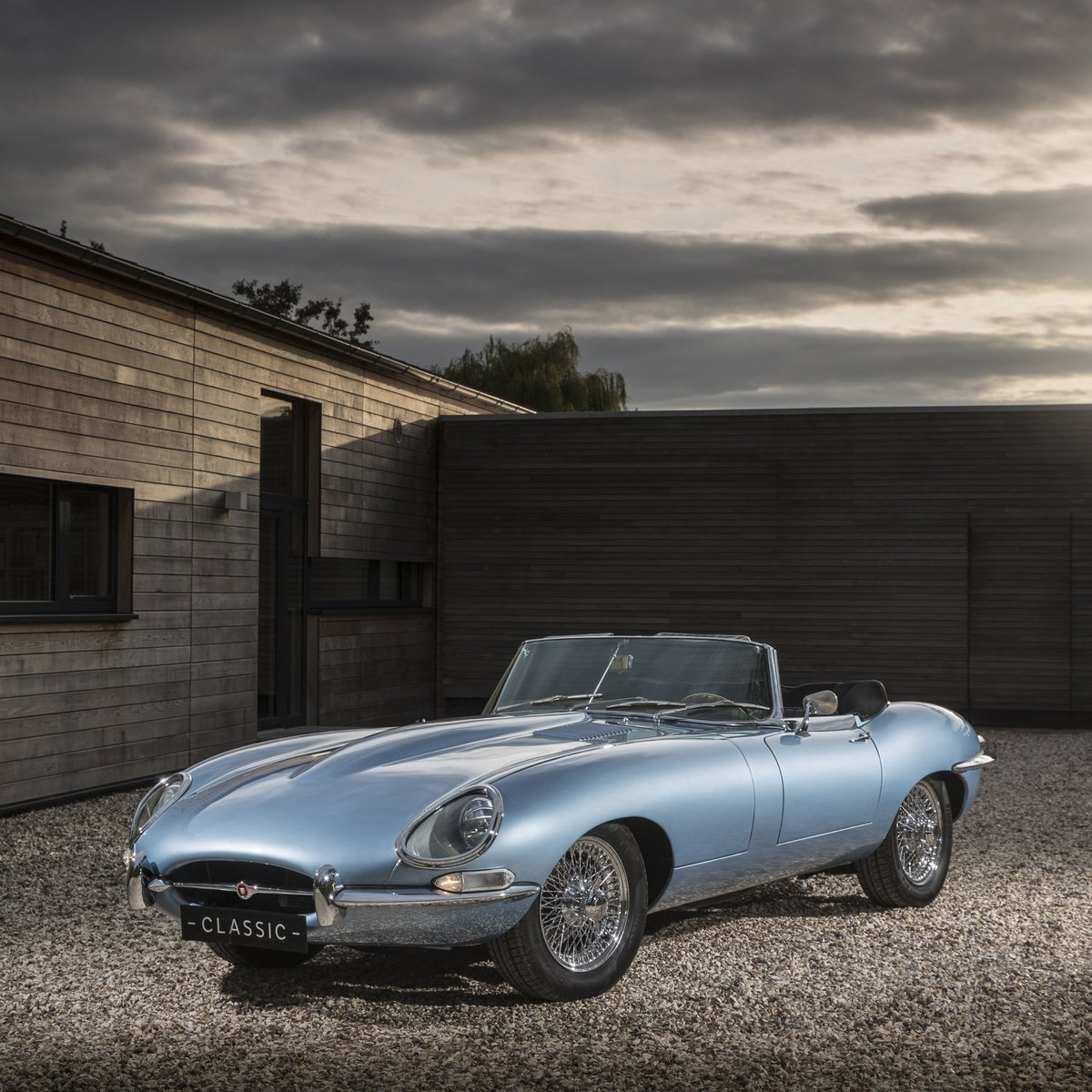 Electric Icon: Come and see the stunning Electric E-type Zero at #JLRTechFest https://t.co/eeFC5eptZ0