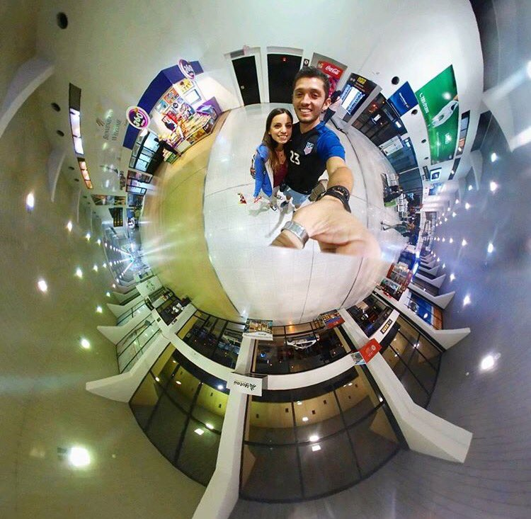 And here we start our Bolivian trip! #Boliviaje Celeste arriving to Viru-Viru! #tinyplanetcouple #tinyplanet #javicel #travel #bolivia<br>http://pic.twitter.com/IPSO8Lsnic