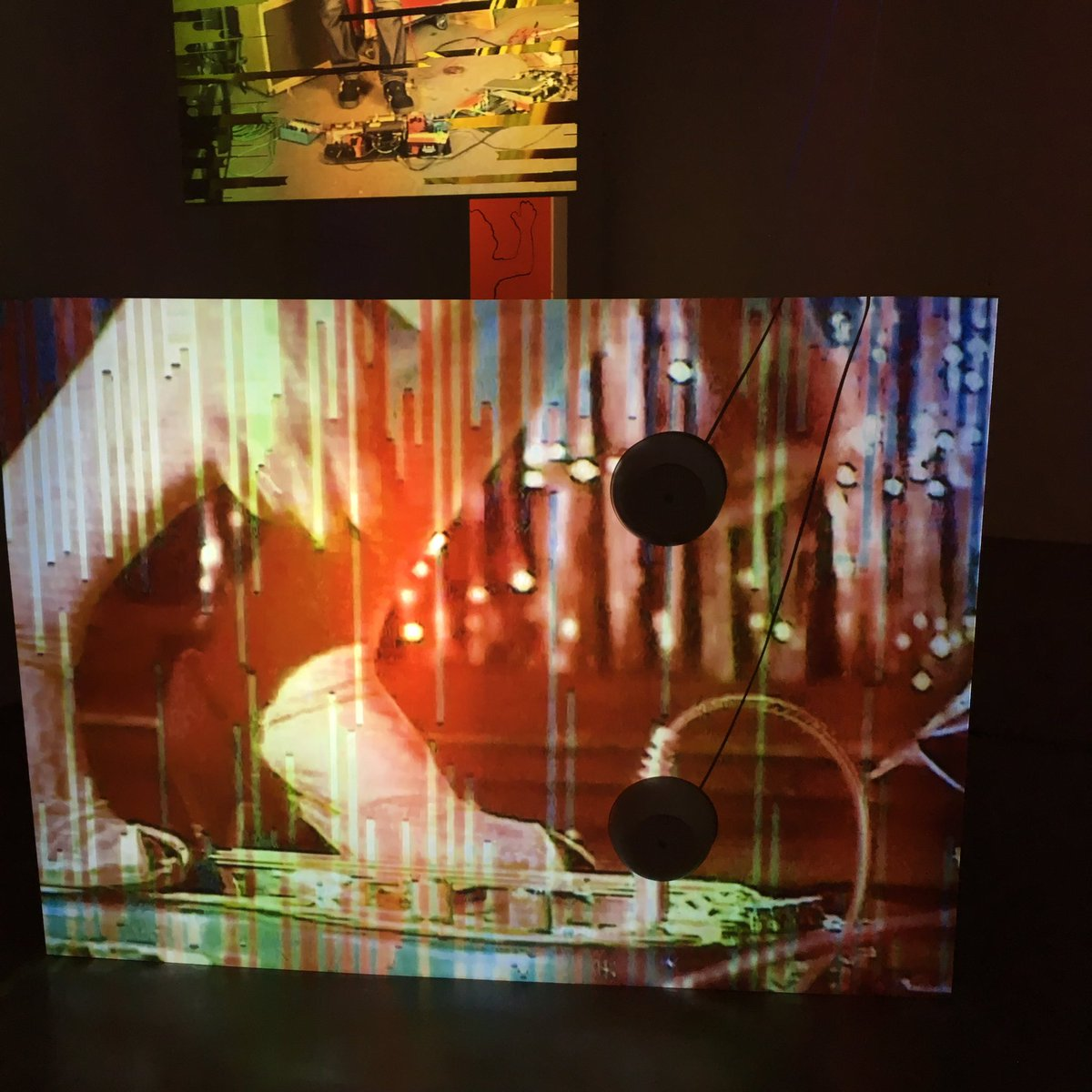 Les jambes de Kim Gordon par #tonyoursler Sound disgressions full Spectrum #galeriemitterrand<br>http://pic.twitter.com/wSR7euQxTM