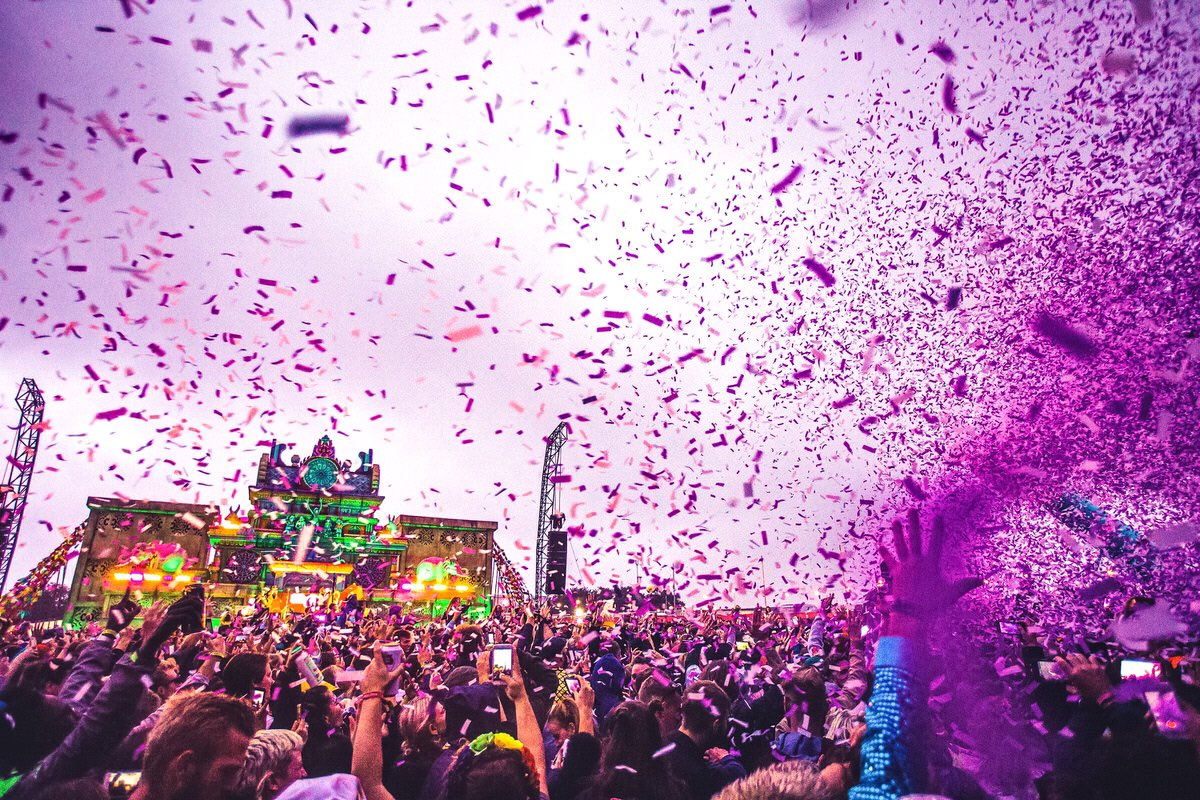 bestival on twitter the first blast of the world s biggest