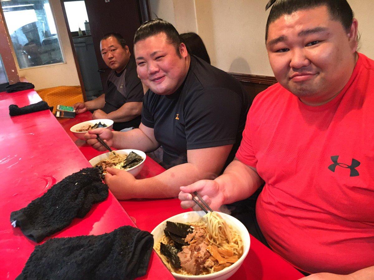 """豊山 亮太 auf Twitter: """"今日は大好きなラーメンを食べに行きました ..."""