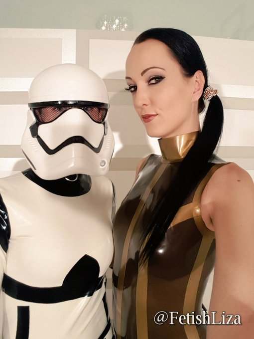 #FlashbackFriday and #StarWarsDay in one go with @NatalieGothtv   Clip on @DirtyTransDolls https://t