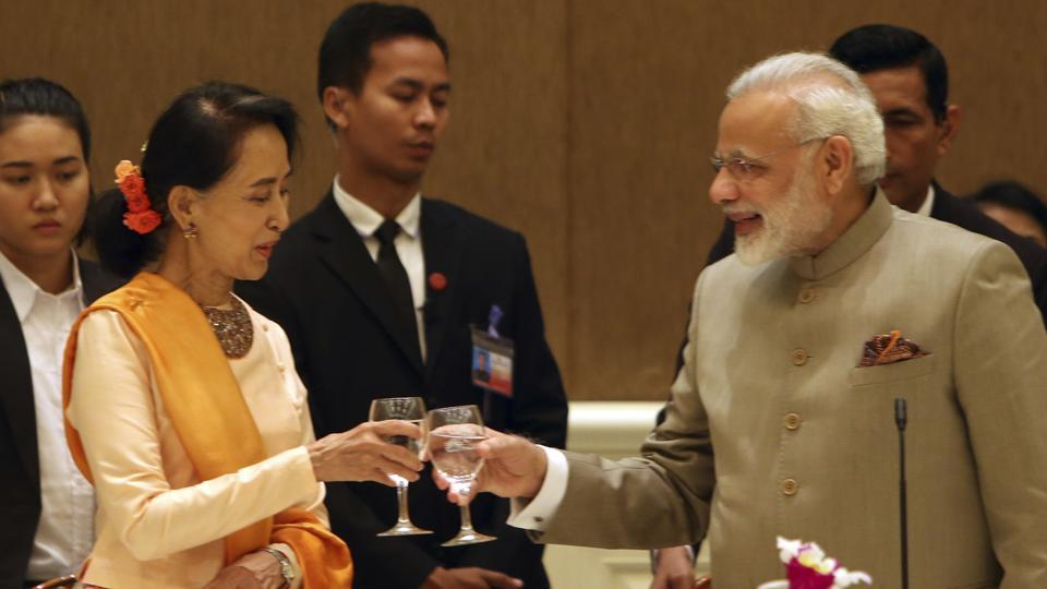 The see-no-evil twins when it comes to Burma's persecution of Rohingya Muslims: Indian PM Modi and Aung San Suu Kyi. https://t.co/rUXU2cp3Nv
