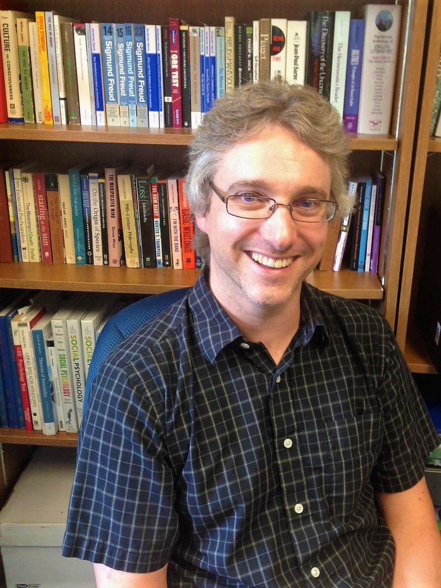 Today, we shine the @AcadiaU #ResearchSpotlight on Dr. Joe Hayes from @AcadiaPsych. Read about his research here:  https:// goo.gl/u4RX46  &nbsp;  <br>http://pic.twitter.com/wJ5pMMjTVQ
