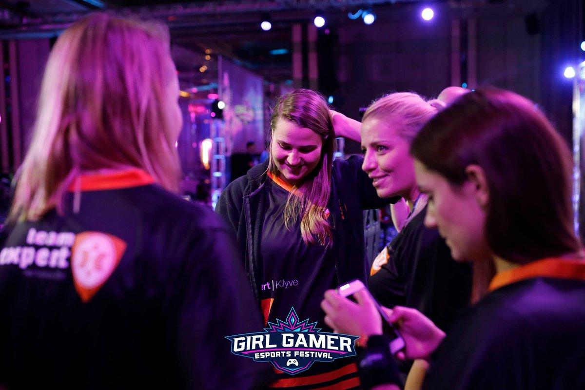 Resultado de imagem para GIRLGAMER 2017