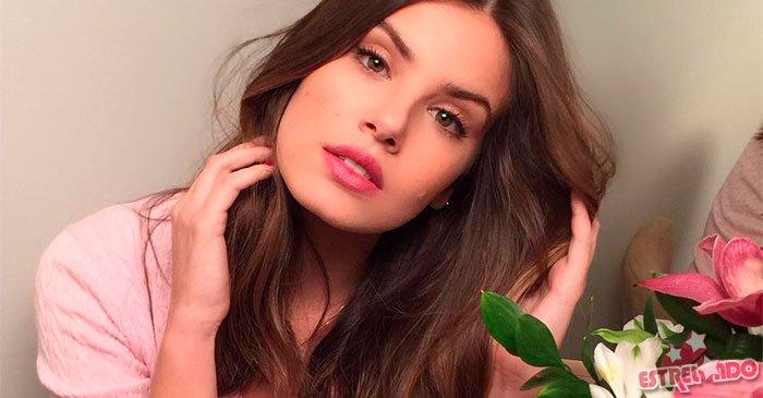 Camila Queiroz entrega truque para manter cabelos saudáveis, confira! https://t.co/dKQyYEGMfW
