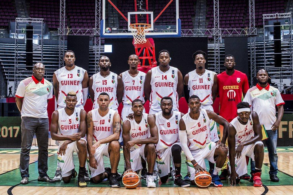 #AfroBasket2017 : Groupe C  FT:  #Rwanda  75-55  #Guinée   #Kibaro<br>http://pic.twitter.com/8WSJhrcL55