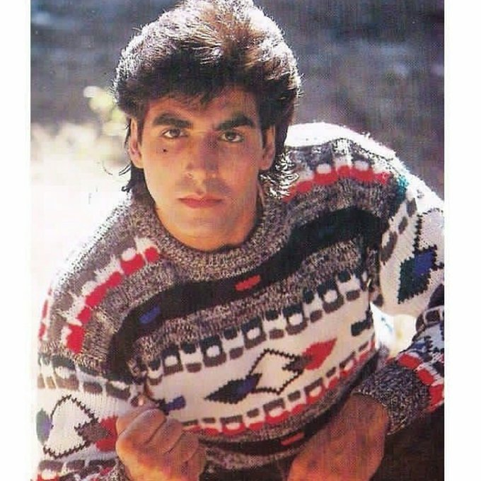 Happy Birthday Bollywood Superstar Akshay Kumar.. Now AK 50..