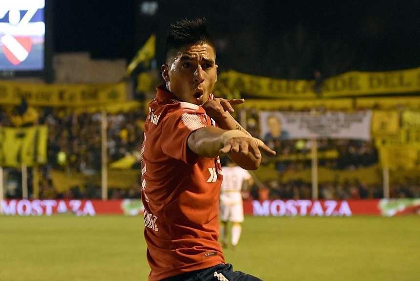 Leandro Fernández volvió a convertir, y fue el mejor jugador de Independiente ante Olimpo