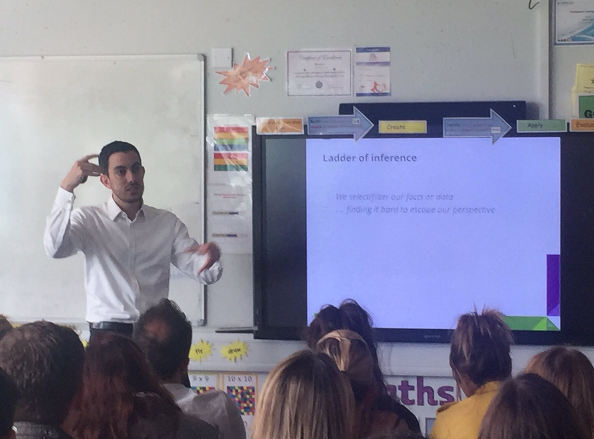 Brilliant session about Toxic schools with David Weston @informed_edu. But maybe I am biased!!! #rEd17 https://t.co/U4zOUoqKmP