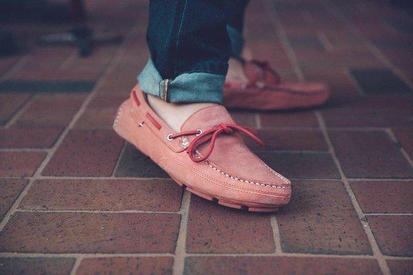 Sebago'nun Kedge Tie modeliyle haftasonu rahatlığının tadını çıkar!  #sebago #sebagoshoes #loafer #shoes #shoesoftheday #men #menstyle https://t.co/KejZlIYDYF
