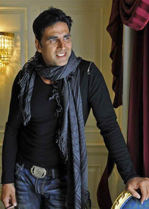Happy birthday Akshay kumar sir Many many happy returns of tha day sir G