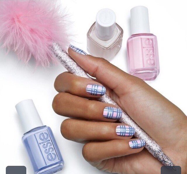 Plaid nails are so cute for fall and so trendy for fall #essis #fall2017 <br>http://pic.twitter.com/W4Ch0YoQHH