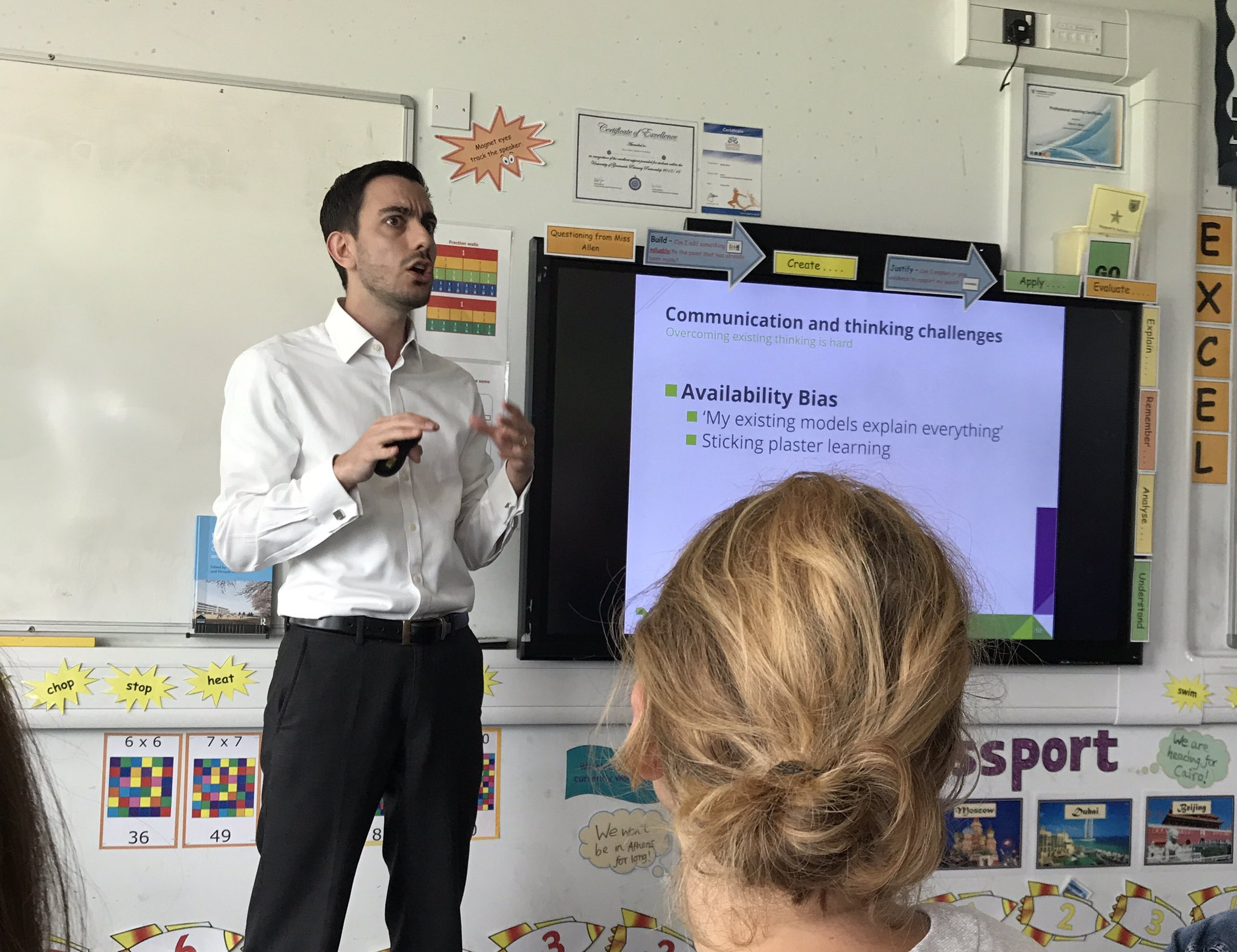 Availability, sunk cost bias and the Dunning Kruger effect @informed_edu great session #rED17 https://t.co/GZbawuNW4v