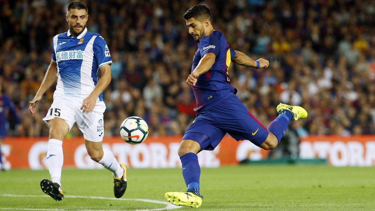 Suarez still searching for sharpness despite Barca romp