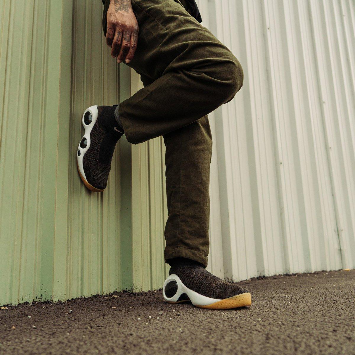 Nike Flight Bonafide in Cargo Khaki