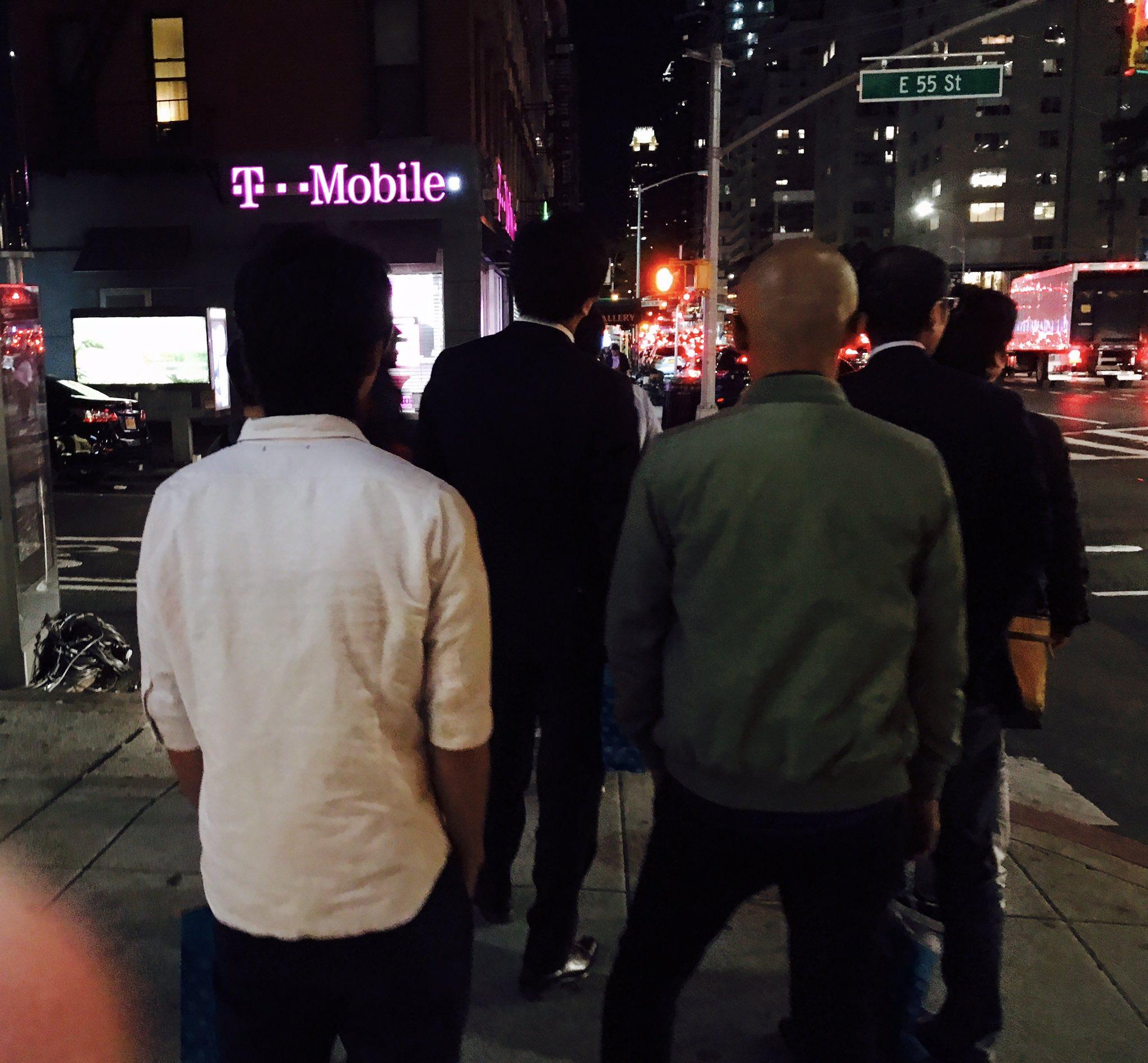 Could of sworn I bumped into the script last night in newyork turns out it wasn't them 😂😂😂 https://t.co/RI5u1kelje