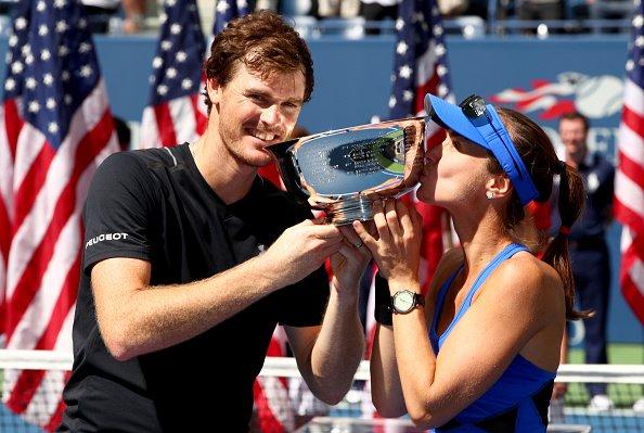 Letošní vítězové smíšené čtyřhry - Martina Hingisová a Jamie Murray