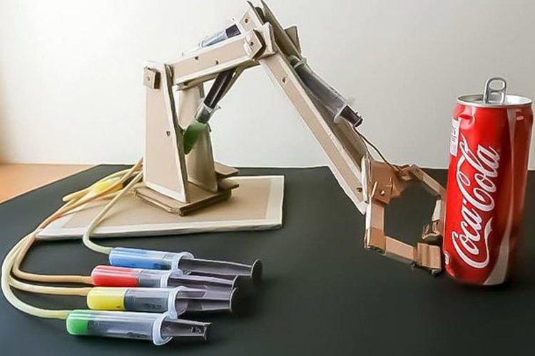 Engineering Mechanical Arm Syringe : María l tecnoloxia twitter