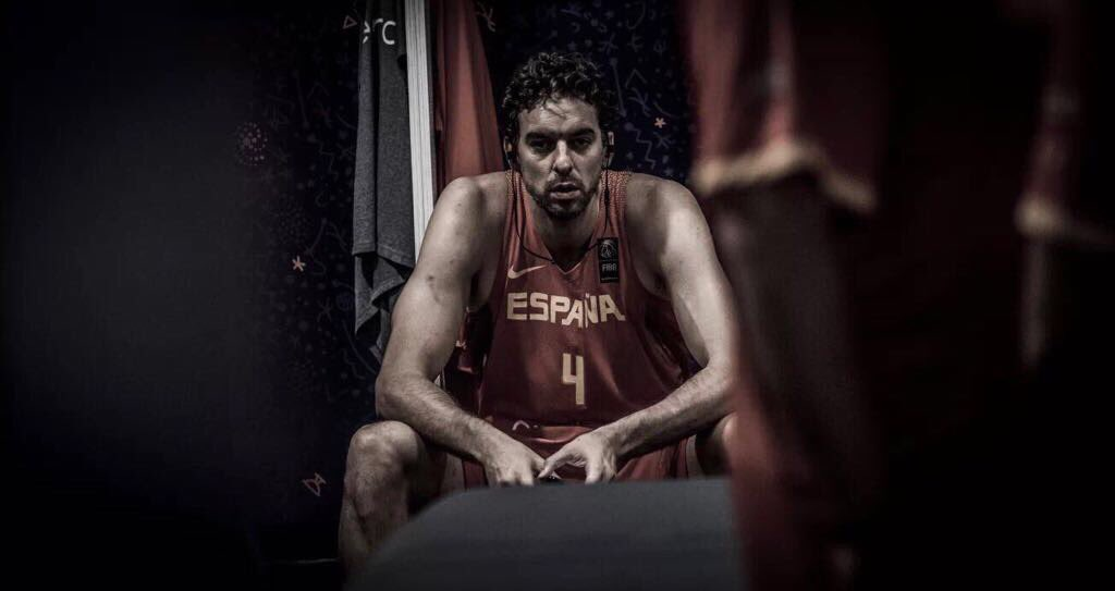 GameDay🏀 1/8 Final #EuroBasket2017  @baloncestofeb vs #Turquia 🇹🇷 #SomosEquipo 💪