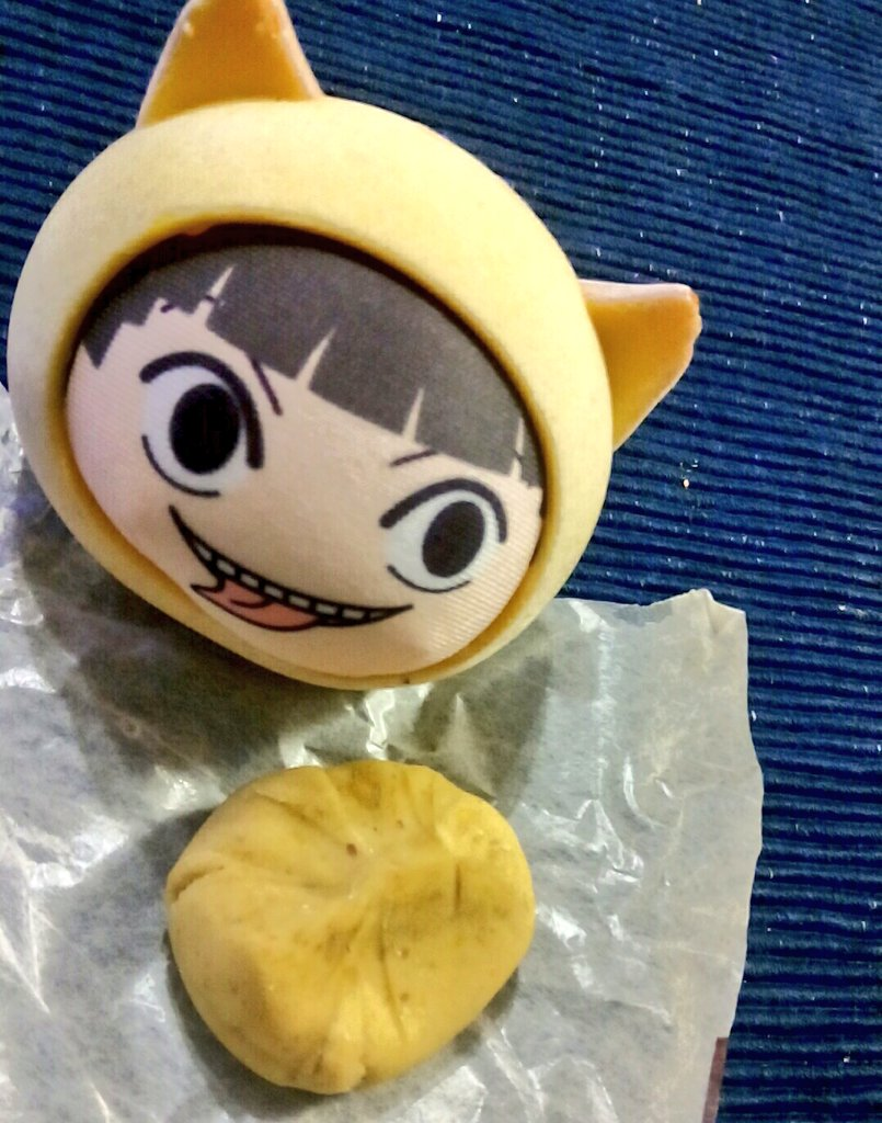 おまんぱつくんにもおすそ分け! 秋のお楽しみのくーりきんとーん! 濃い目に入れた日本茶でいただきます!!!!