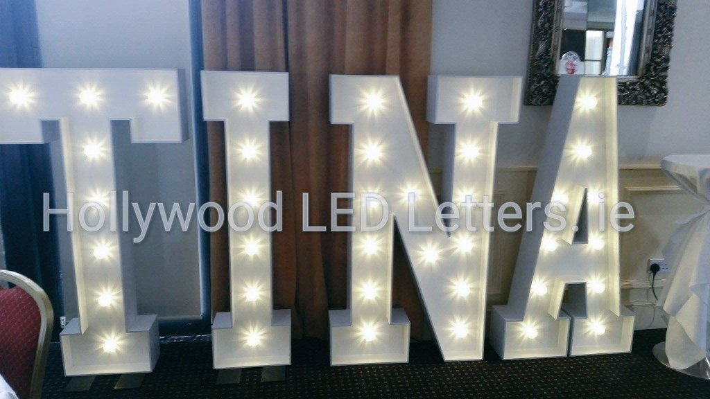 Lighting up @thedhotel #Drogheda for a special #birthday #party with 5ft high #hollywoodledletters #yournameinlights #giantletters  <br>http://pic.twitter.com/4DtSiVooZ5