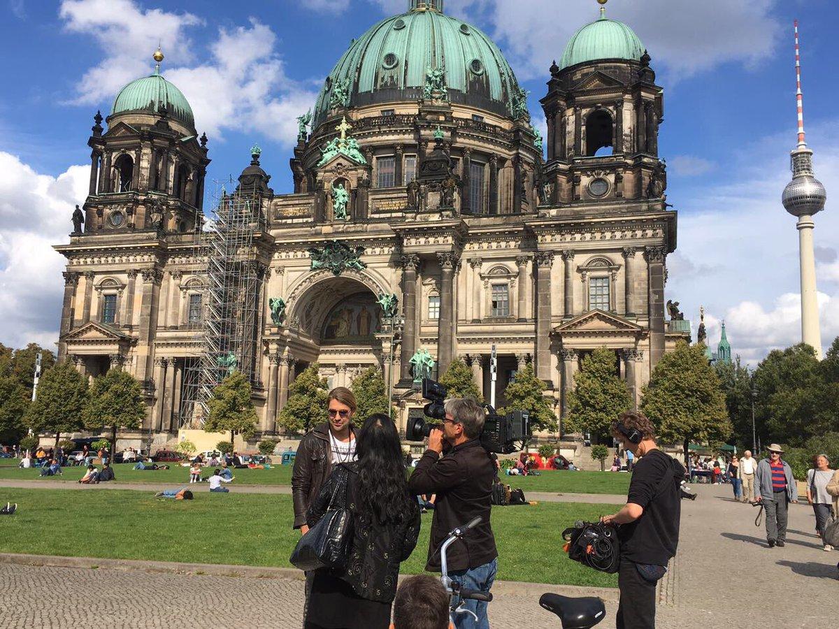 Dreharbeiten am @BerlinerDom1905 für @leuteheute  Recordings at the Berlin Cathedral Church for German TV ZDF Leute heute. https://t.co/jfEfQgi2wY