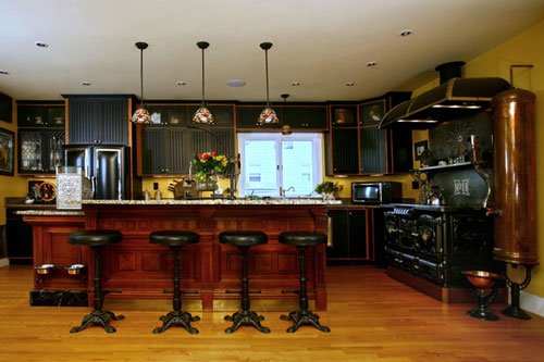#Design Awesome of the Day: #Steampunk Bar Stools in #Victorian Kitchen via @BarinaCraft #SamaDesign