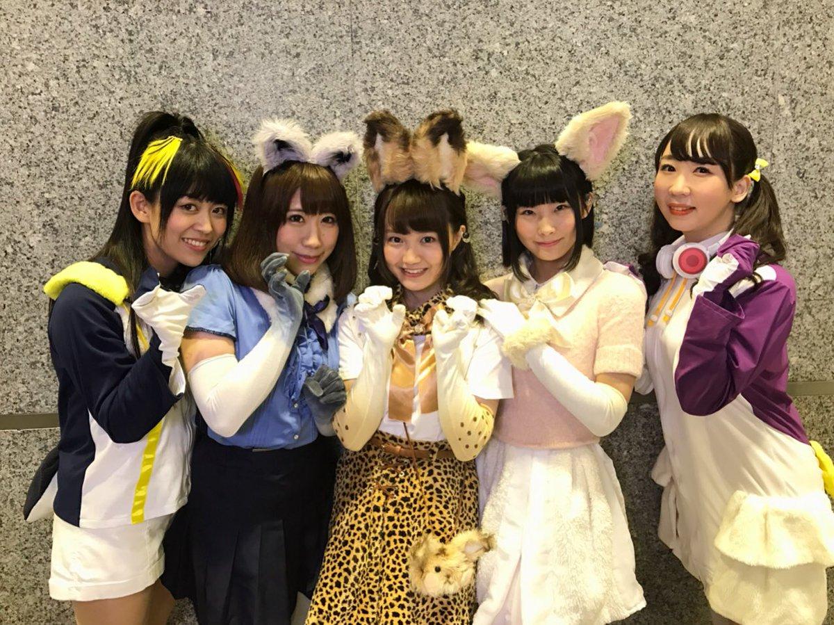 CharaExpo2日目!!! ライブステージに急遽ペンギン2人も参加しました🐧🎶今回シンガポールに…