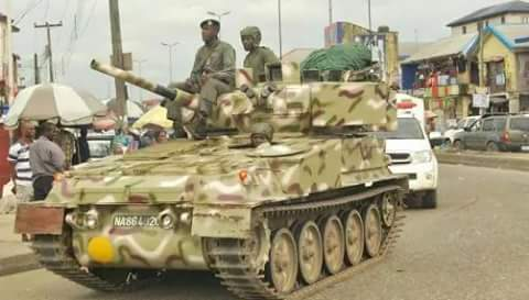 Information coming in to Elombah.com states that operatives of the Nigeria Army have invaded the home of Mazi Nnamdi Kanu's in Umuahia, Abia State.