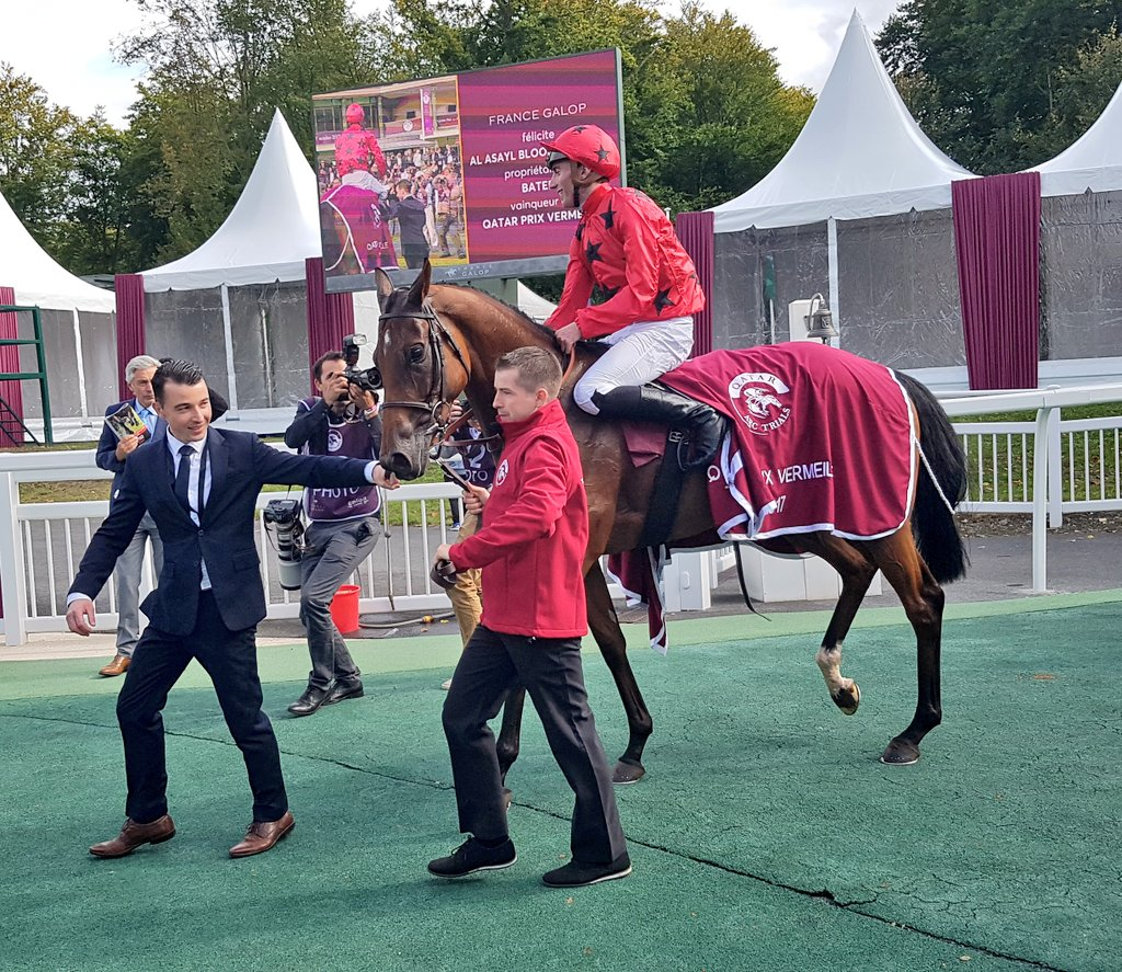 #Bateel on top in the #Prix Vermeille on #ArcTrials day @fgchantilly for @PCBOUDOT and @GraffardRacing<br>http://pic.twitter.com/VHx2dVwhCy