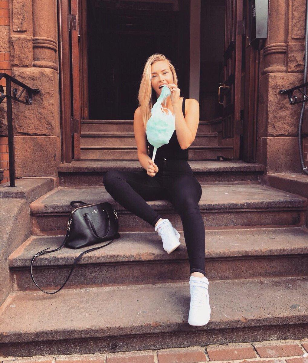 "Camille Kostek: Camille Kostek On Twitter: ""my Kind Of Sunday Funday ☺️🦄🍭"