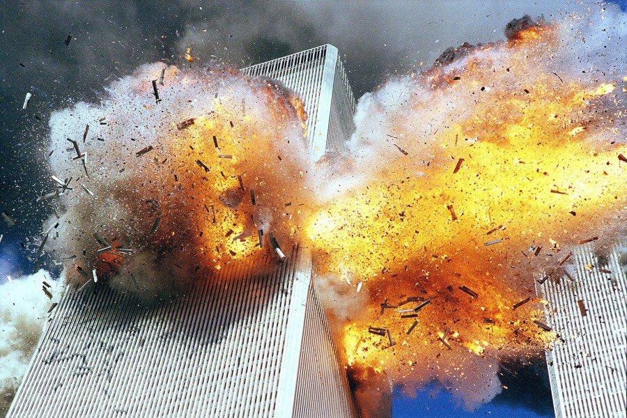 09/11. Never forget. Never again. No more islam. #NeverForget911 #Honor911pic.twitter.com/giKMUMgKHV
