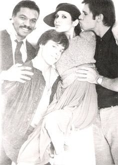 Great photo of @HamillHimself , Harrison Ford, Carrie Fisher and @realbdw #Luke #HanSolo #Leia #Lando<br>http://pic.twitter.com/KaMdhXGsZH