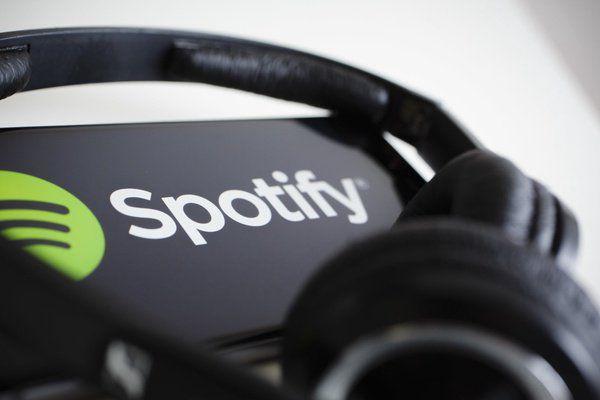 有一种当年日本人狂买哥伦比亚影业、洛克菲勒中心的既视感 // 原来腾讯曾出价试图收购 Spotify https://t.co/sLRkPIcDtj https://t.co/M3sFFvZRcU 1