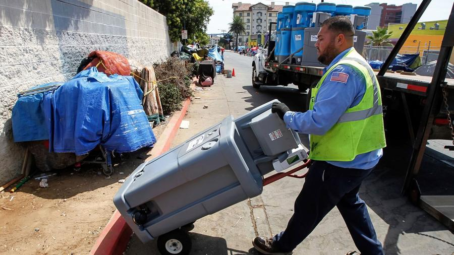 San Diego is struggling with a huge hepatitis A outbreak. Is it coming to L.A. next? https://t.co/F14ewjmres https://t.co/zh6zXAEBLo