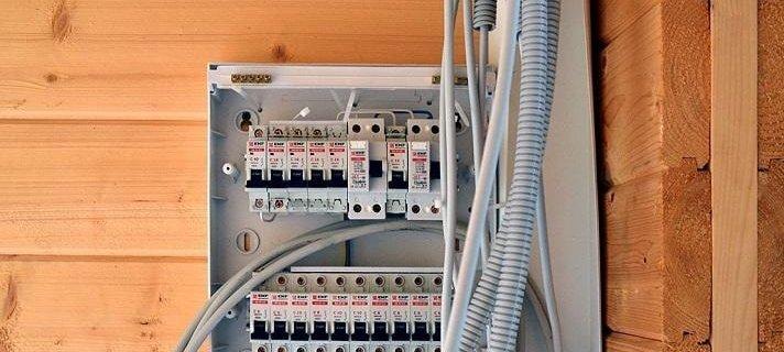 Электрика в доме своими руками схемы подключения розетки и выключателя