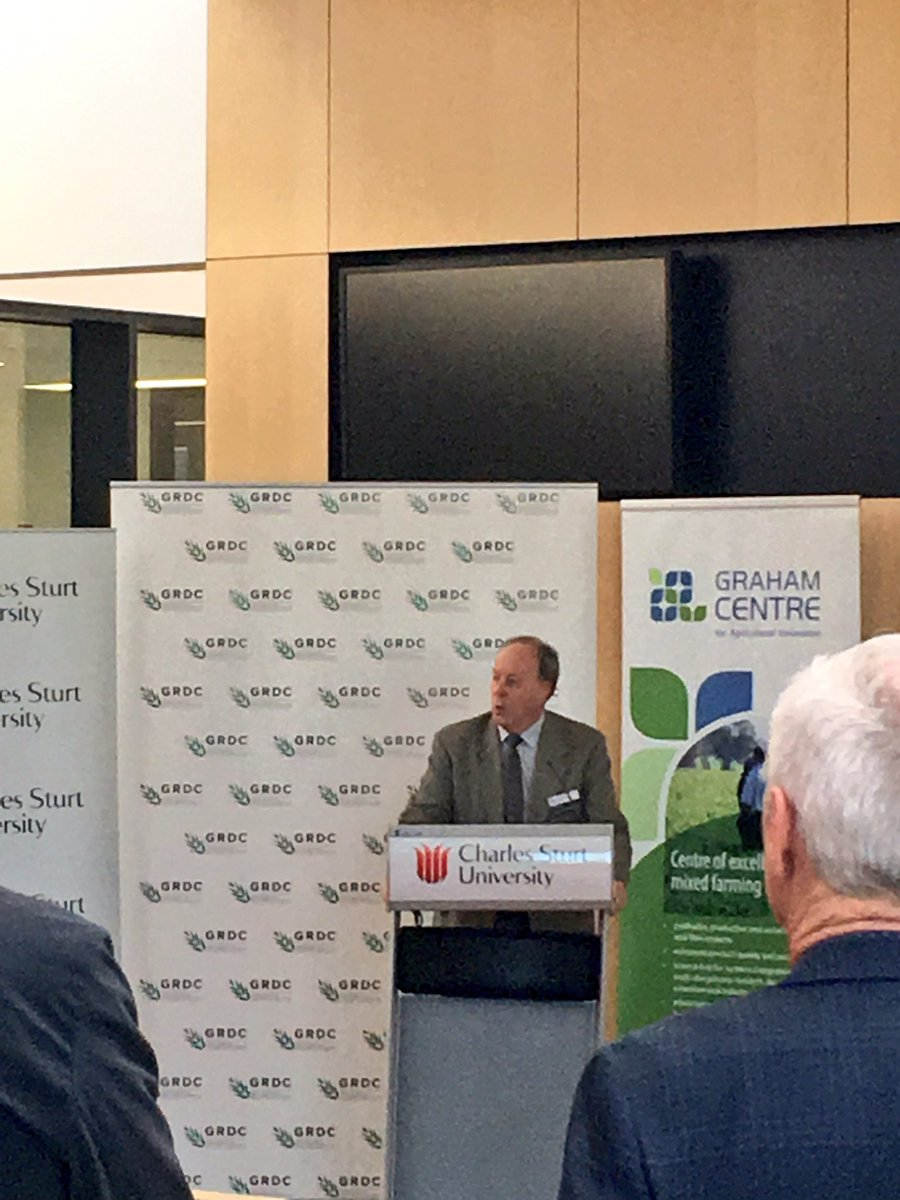 Prof. Jim Pratley: @CharlesSturtUni&#39;s contribution to the Agri industry today #researchuptake #industrycollaboration @FGC_Chris<br>http://pic.twitter.com/06xSv2yaPG