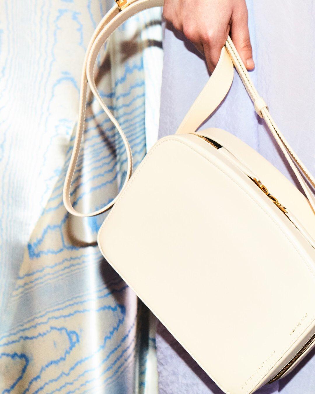 The Vanity Camera Bag #VBSS18 https://t.co/c2jQH8B5Al